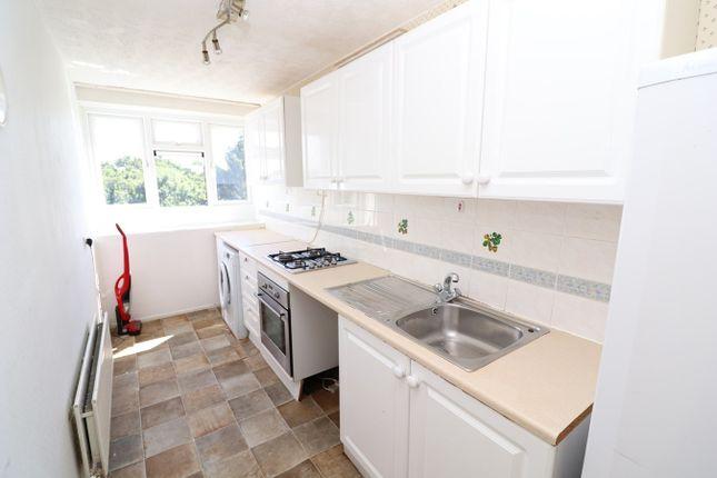 Thumbnail Flat to rent in Retingham Way, London