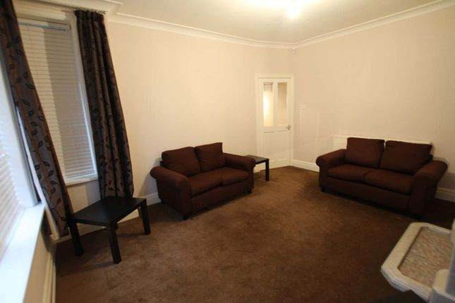 Thumbnail Flat to rent in Bentcliffe Drive, Moortown, North Leeds