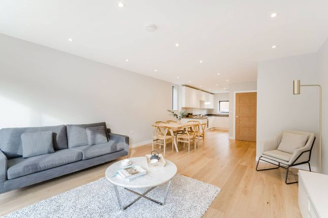 Thumbnail Property for sale in Cheam Common Road, Worcester Park