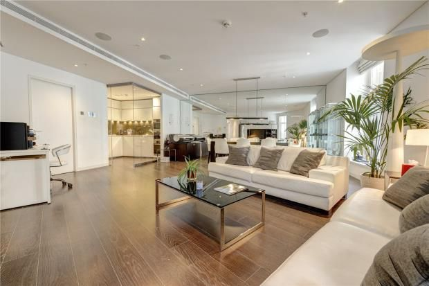 Thumbnail Flat for sale in Marconi House, The Strand