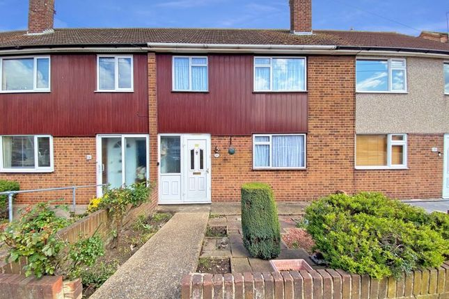 3 bed terraced house for sale in Crescent Way, Aveley, South Ockendon RM15