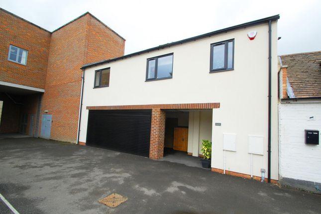 1 bed flat for sale in Oak End Court, 34-36 Oak End Way, Gerrards Cross, Buckinghamshire SL9