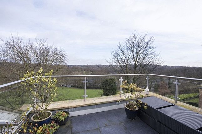 Thumbnail Flat for sale in West Court, Roundhay, Leeds
