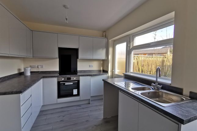 Thumbnail Terraced house to rent in Southgate, Hornsea