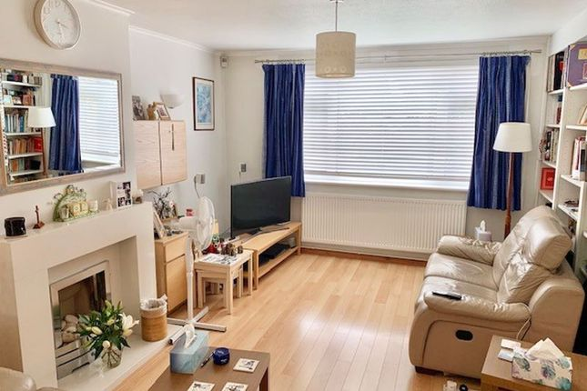 Thumbnail Detached house for sale in Strathmore Drive, Charvil, Reading