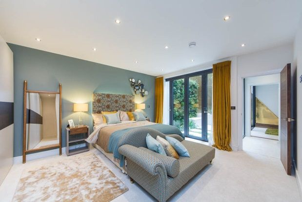 Thumbnail Town house to rent in Townhouse Mews, London
