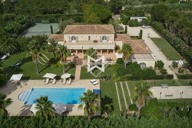 Thumbnail Villa for sale in Saint-Tropez, Les Salins, 83990, France
