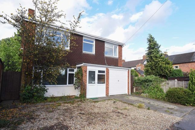 Thumbnail Detached house to rent in Havelock Street, Wokingham