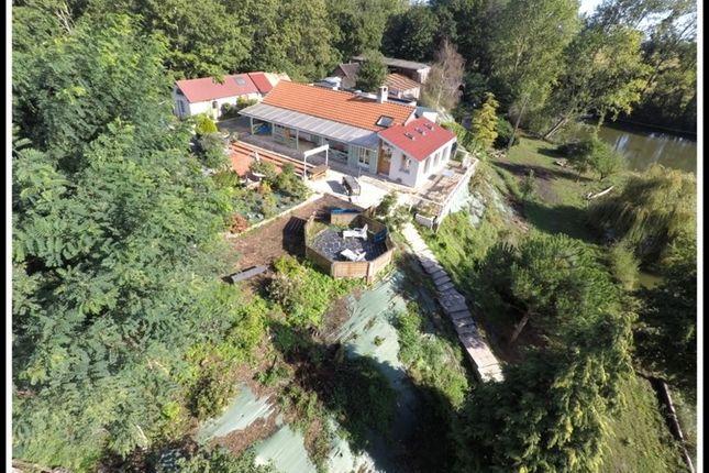 Property for sale in Pays De La Loire, Maine-Et-Loire, Seiches Sur Le Loir