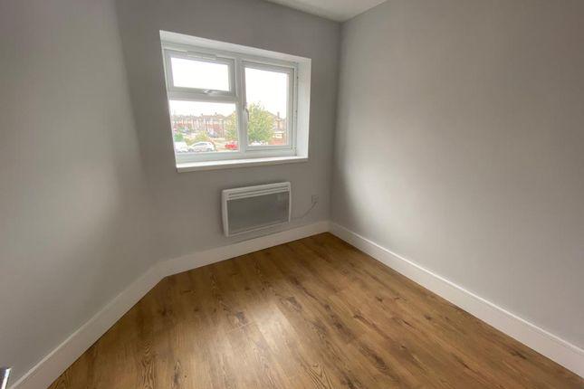 Studio to rent in Edinburgh Crescent, Waltham Cross EN8