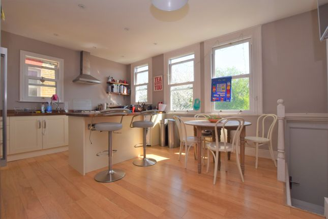 Thumbnail Maisonette for sale in Salterford Road, Tooting