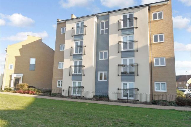 2 bed flat for sale in Clenshaw Path, Basildon, Essex