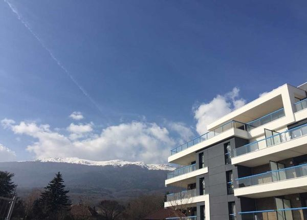 2 bed apartment for sale in 01710, Thoiry, Fr