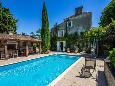 7 bed property for sale in Angouleme, Charente, France