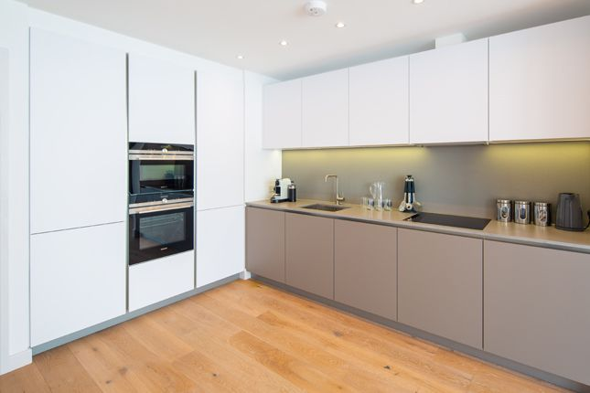 Kitchen of Apartment 39, Third Floor, 215A Balham High Road, Balham SW17