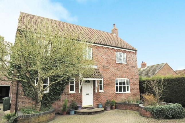 Thumbnail Detached house to rent in Vicarage Road, Foulden, Thetford