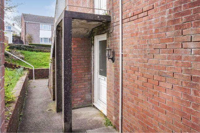 Entrance of Chestnut Avenue, West Cross, Swansea SA3
