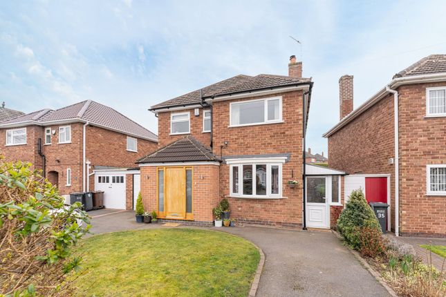 3 bed detached house for sale in Neville Road, Shirley, Solihull B90