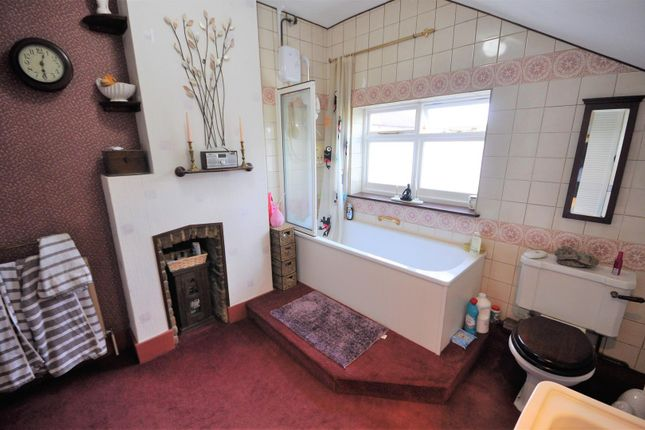 Further Bathroom of Balmoral Road, Watford WD24