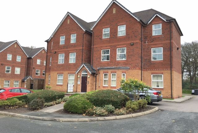 Thumbnail Flat for sale in Leigh Road, Atherton, Manchester