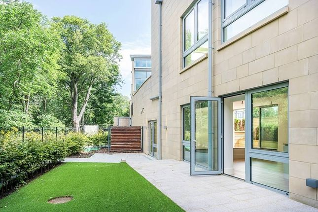 """Thumbnail Flat for sale in """"2 16 The Crescent"""" at West Coates, Edinburgh"""