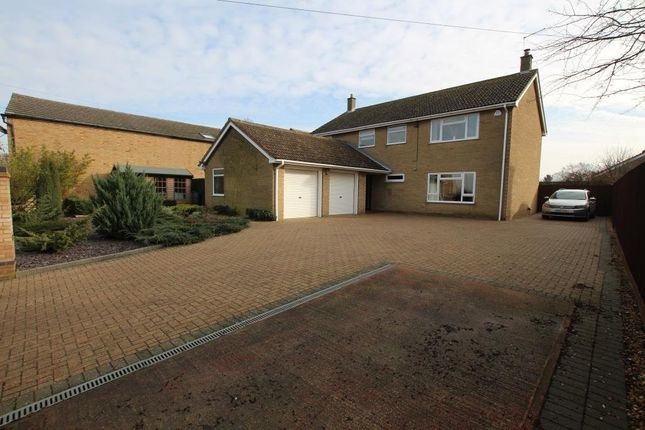 Thumbnail Detached house for sale in Aldreth Road, Haddenham, Ely