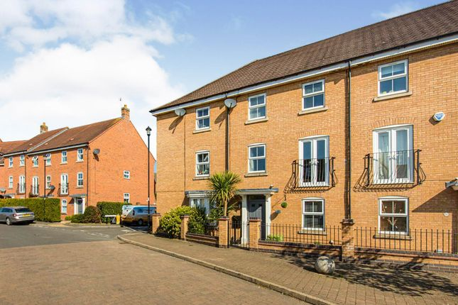 Thumbnail Terraced house for sale in Longstork Road, Rugby
