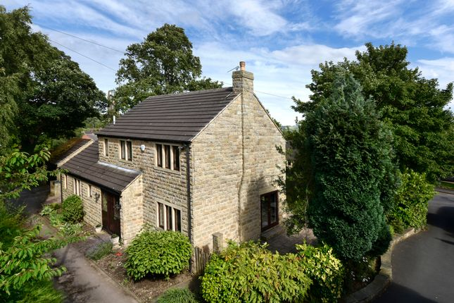 Thumbnail Detached house for sale in Crowlees Road, Mirfield