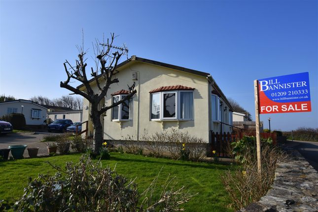 Thumbnail Mobile/park home for sale in Enys Redenek, North Roskear, Camborne