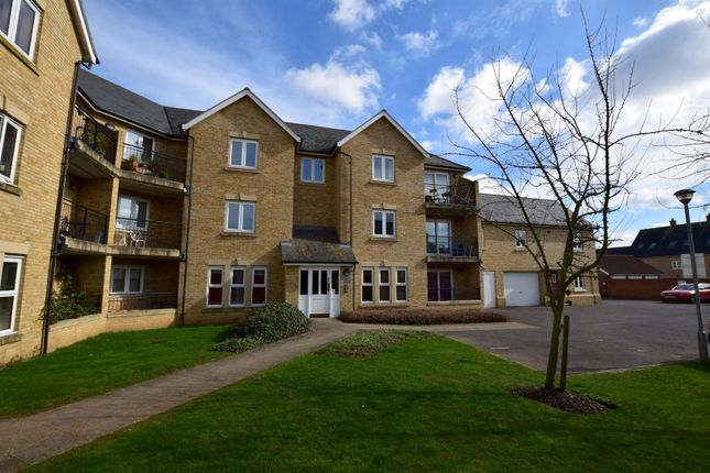 Thumbnail Flat to rent in Mortimer Way, Witham