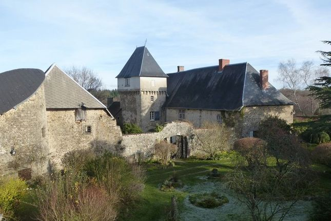 Thumbnail Property for sale in Montmorillon, Vienne (Poitiers/Chatellerault), France
