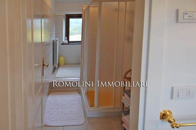 Farmhouse For Sale In Todi