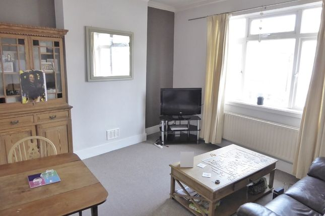 Thumbnail Flat for sale in Bruce Road, Tooting Junction