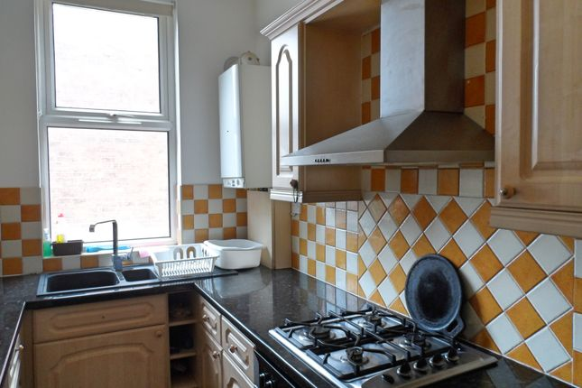 2 bed flat for sale in Portland Road, Edgbaston, Birmingham