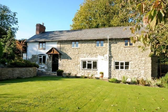 Thumbnail Cottage for sale in Aymestrey, Herefordshire