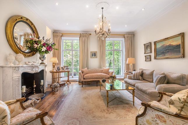 Thumbnail Terraced house for sale in Brompton Square, Knightsbridge