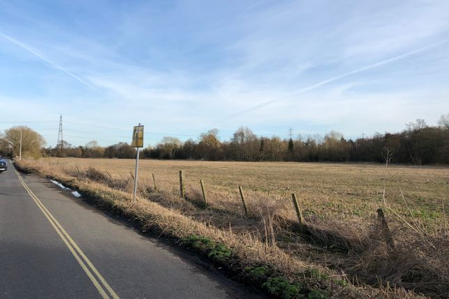 Thumbnail Land for sale in Arrowhead Road, Theale