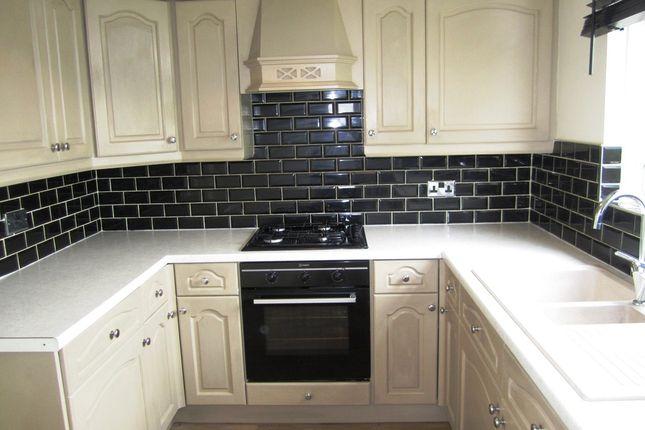 Kitchen of Standish Close, Sheffield S5