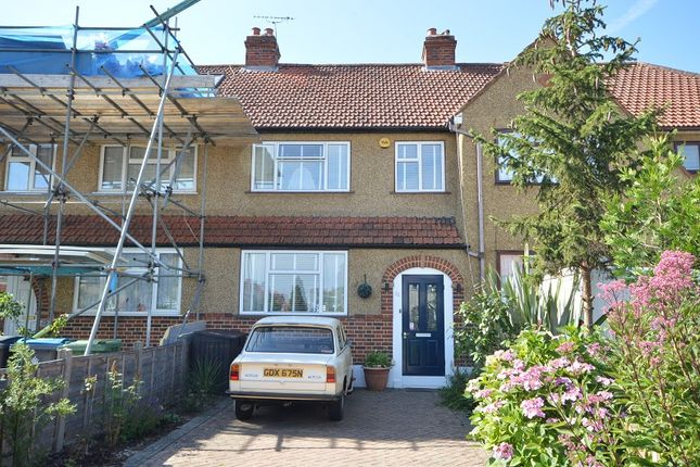Mansfield Road, Chessington, Surrey KT9