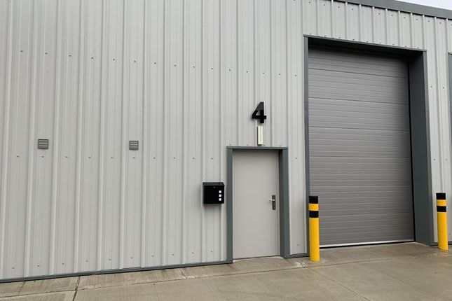 Thumbnail Light industrial to let in Unit 4, Kenrich Business Park, Elizabeth Way, Harlow