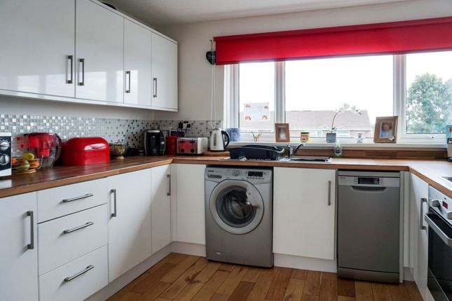 Kitchen of Tithe Road, Plymouth PL7