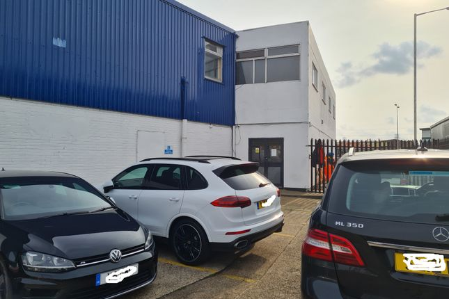 Thumbnail Office to let in Gascoigne Road, Barking
