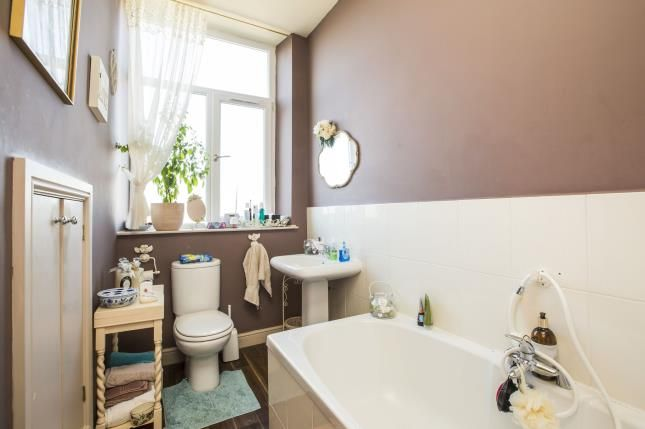 Bathroom of Fixby View Yard, Clough Lane, Brighouse, West Yorkshire HD6