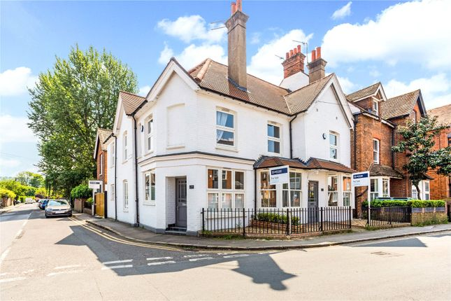 Thumbnail Terraced house for sale in Station Road, Marlow, Buckinghamshire