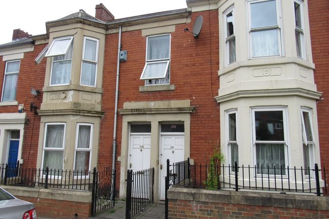 Thumbnail Flat to rent in Ladykirk Road, Benwell