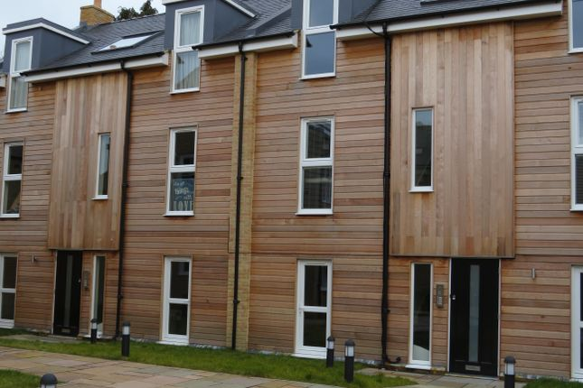 2 bed flat to rent in Minstrel Place, Minstrel Walk, March