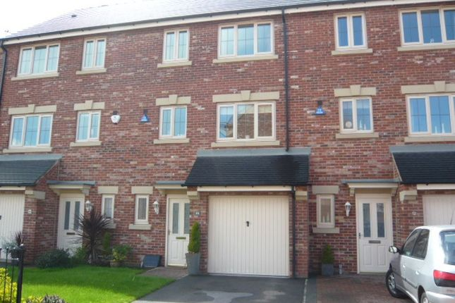 Thumbnail Town house to rent in Primrose Place, Bessacarr, Doncaster