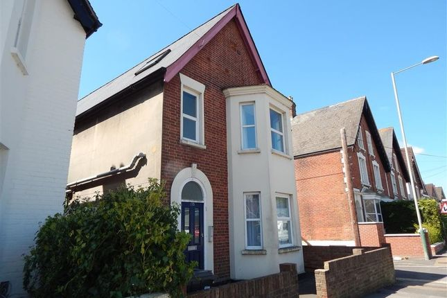 Thumbnail Flat to rent in 175 Wilton Road, Salisbury, Wiltshire