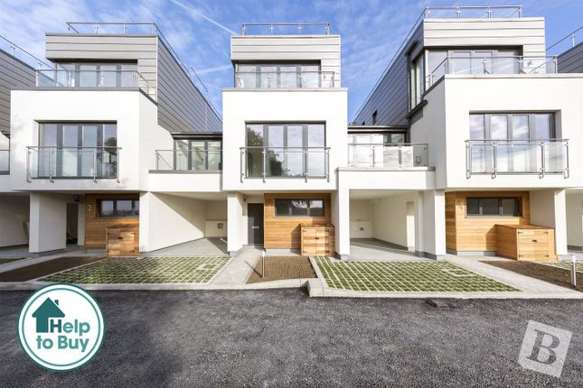 Thumbnail Detached house for sale in The Hamiltons, Chatham, Kent