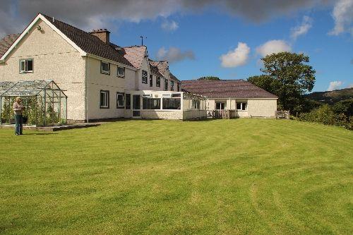 Thumbnail Commercial property for sale in Caernarfon, Gwynedd